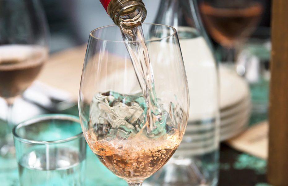 Calories-in-Wine